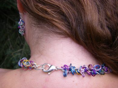 Jeweled Loop Set Back View